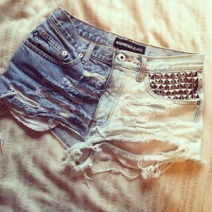 WARDROBE STAPLE: Ombre Shorts