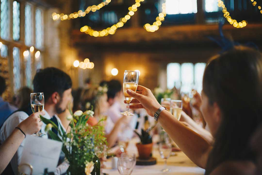 Differences Between a Wedding Dinner and a Wedding Reception: What Kind of Celebration Will You Have?